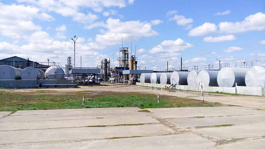 перестройка нефтеперерабатывающего завода
